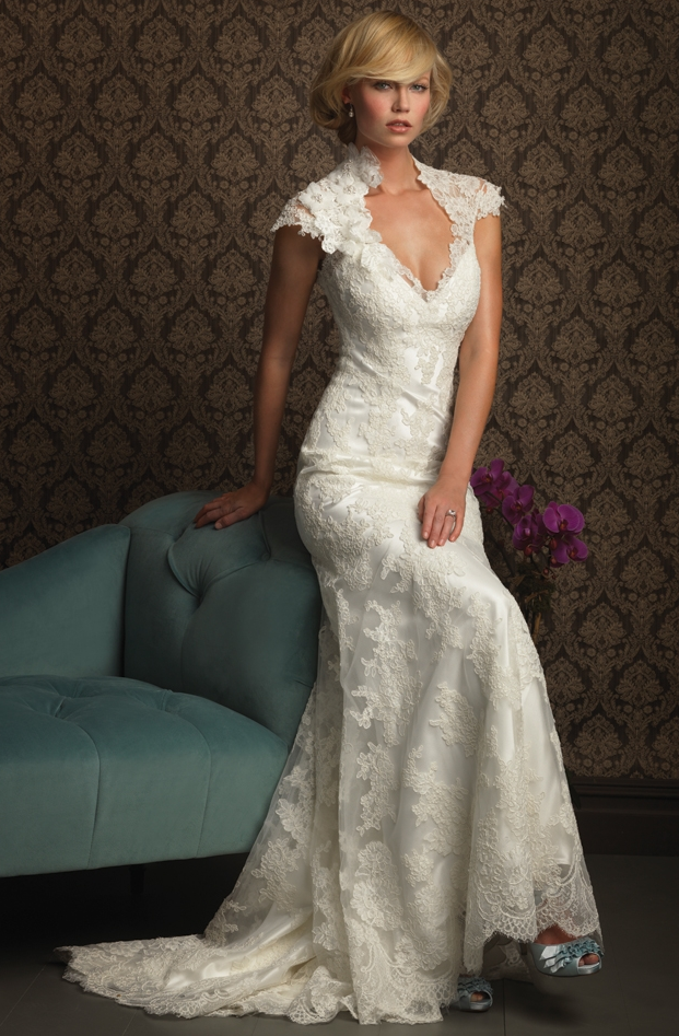 Photos Of Lace Wedding Gowns : Show your beauty in lace wedding dresses on