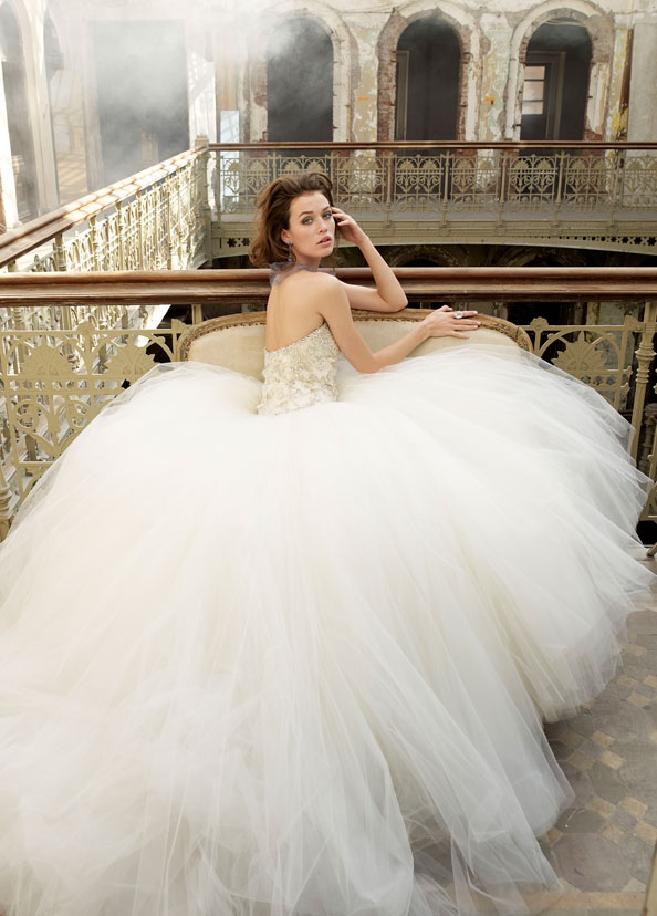 Tips On How to Buy Wedding Dress Online | Fashion Lady Dresses